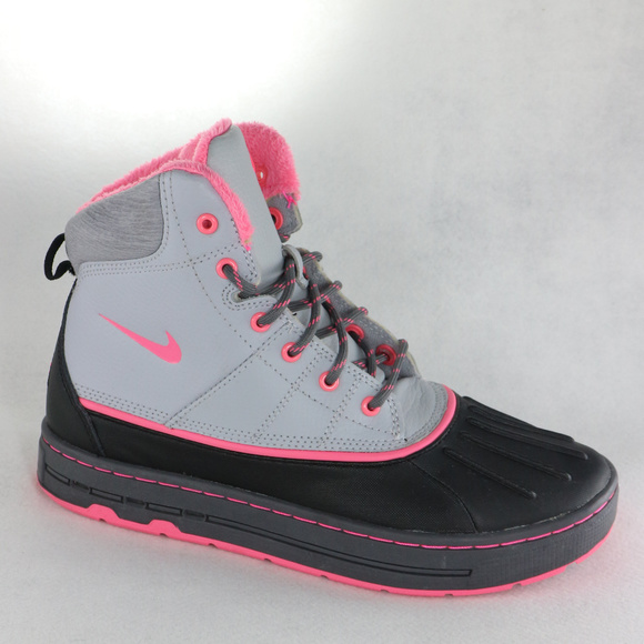 RARE Nike ACG Woodside GG Pink Duck Sneaker Boots.  M 5c36cecb4ab6333c10b99063 f144e9dcd
